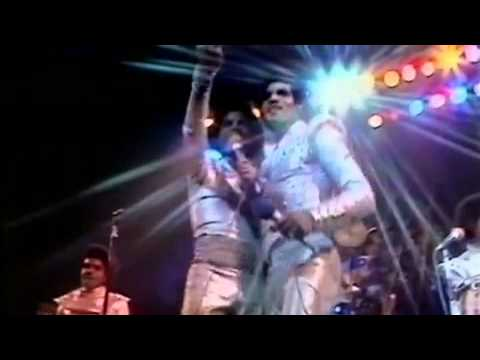 "Jacksons – ""Let Me Show You The Way To Go"" (Live in London)"