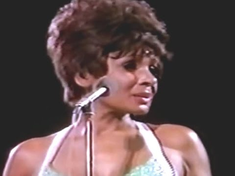 Shirley Bassey – Never Never Never / Day By Day (1973 Live at Royal Albert Hall)